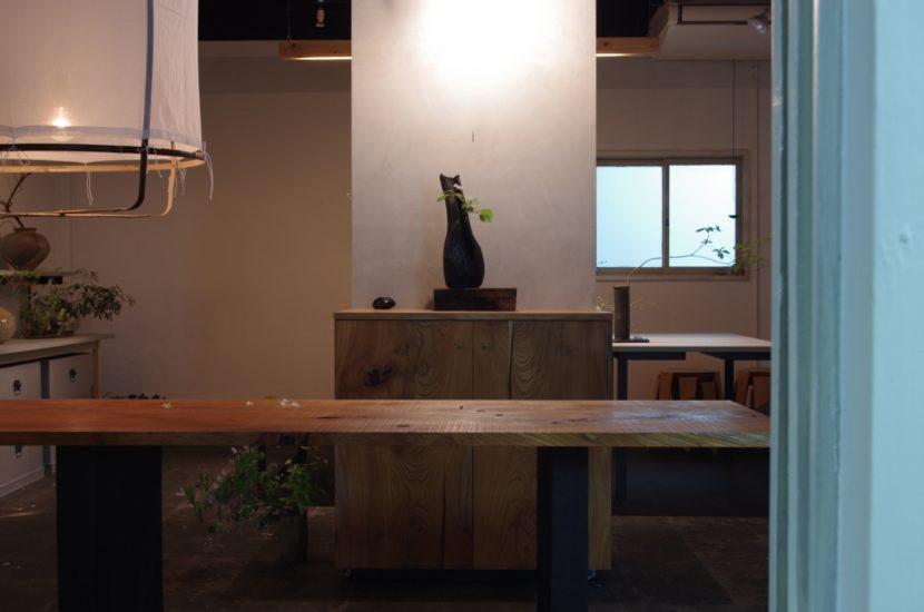 キャビネット/テーブル